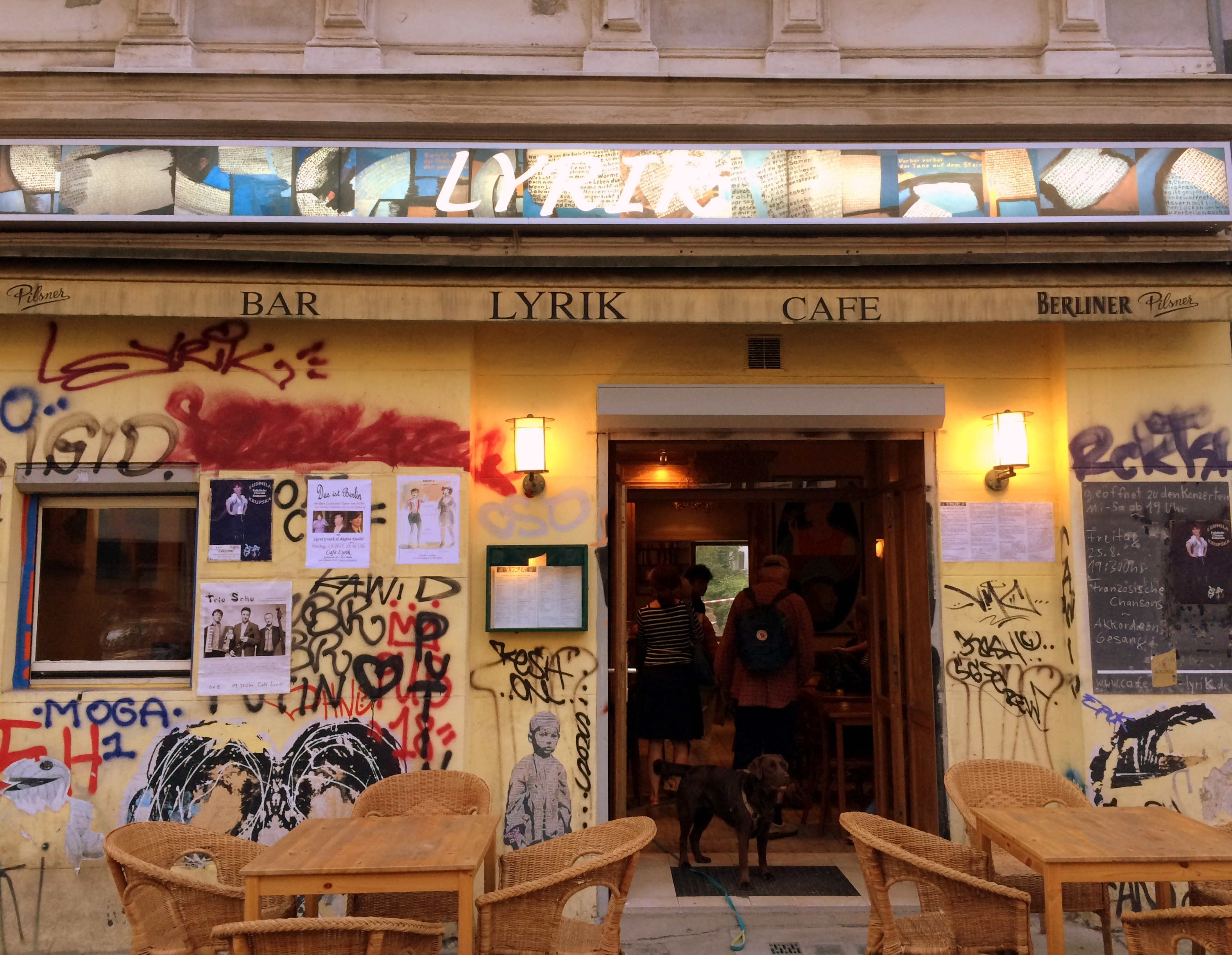 cafe lyrik berlin bar